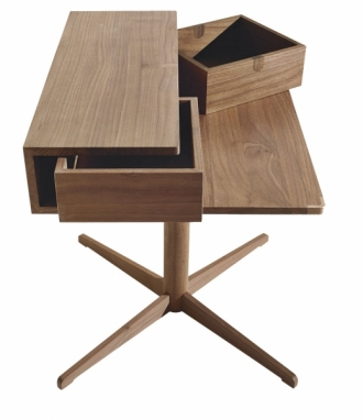 Stolek Silo, dubové dřevo, úložné zásuvky, design Studio Kairos, Lema Mobili, cena 35 947 Kč, WWW.STOCKIST.CZ