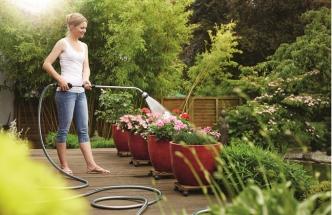 Zahradní zavlažování - teleskopická sprcha