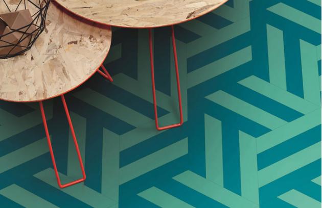 Minulý měsíc jsme si v prostoru kubistického Domu U Černé Matky Boží v Praze mohli prohlédnout expozici Prostor potkává materiály, jejíž součástí bylo mj. představení architektonické kolekce iD Mixonomi (Tarkett) oceněné Red Dot Award. Modulární vinylové dlaždice mnoha barev a tvarů umožňují nekonečné kombinace a originální kompozice k vytvoření atmosféry na míru.  WWW.TARKETT.CZ