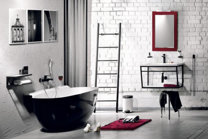 Volně stojící vana Nigra (Polysan), 158 × 83 cm, litý mramor, cena 49 250 Kč, za 15% příplatek barvy podle vzorníku RAL, WWW. SAPHO. CZ