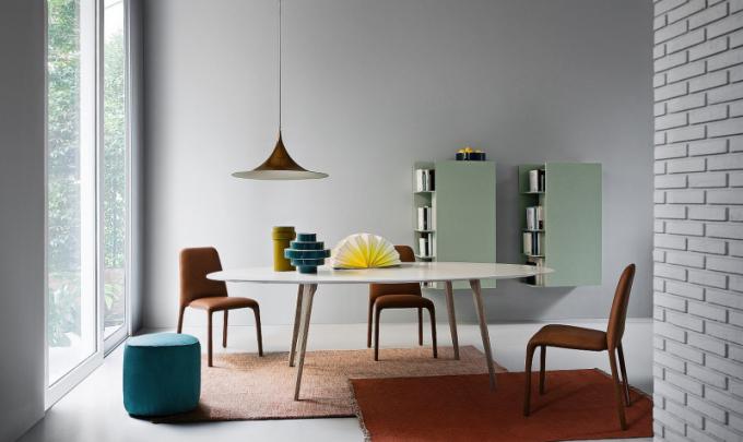 Jídelní stůl (Novamobili), design Gherardi Architects, cena 44 700 Kč, DaWanda.com