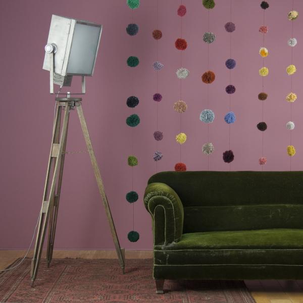 Stojací lampa (Skinflint), cena 45 000 Kč, www.skinflintdesign.co.uk