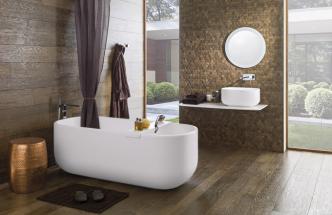 Rektifikované keramické parkety Chelsea (Porcelanosa), matný povrch realisticky imitující dřevo, 29,4 × 120 cm, cena 3 364 Kč/m2, WWW. DESIGNBATH. CZ