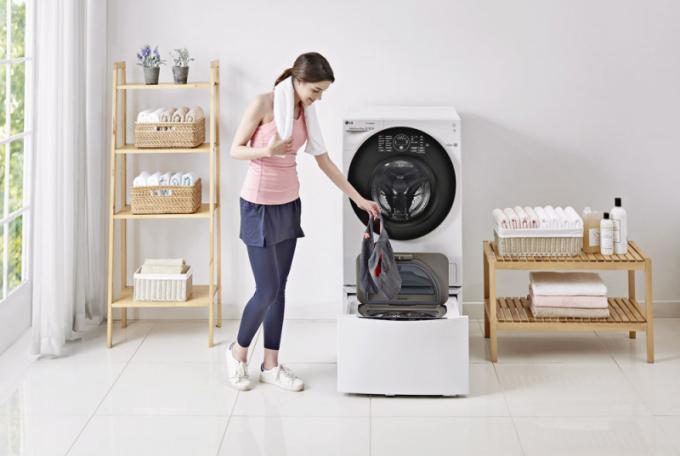 Pračka se sušičkou TWINWash set F126G1BCH2N + F28K5XN3 (LG), dva bubny pro oddělené praní různých materiálů, redukce až 99,9 % alergenů, nízká spotřeba energie, cena 42 490 Kč, WWW. LGSHOP. CZ