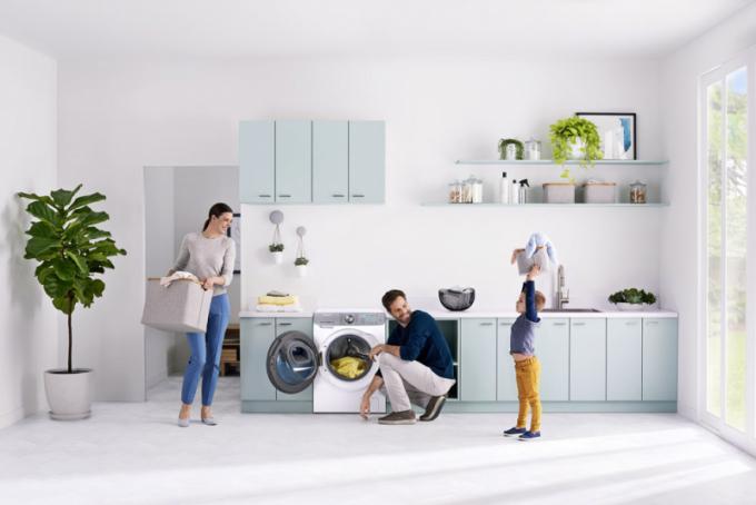 Pračka QuickDrive (Samsung), prací asistent Q-rator, ovládání přes mobilní telefon, krátká doba praní, cena od 17 990 Kč, WWW. SAMSUNG. CZ