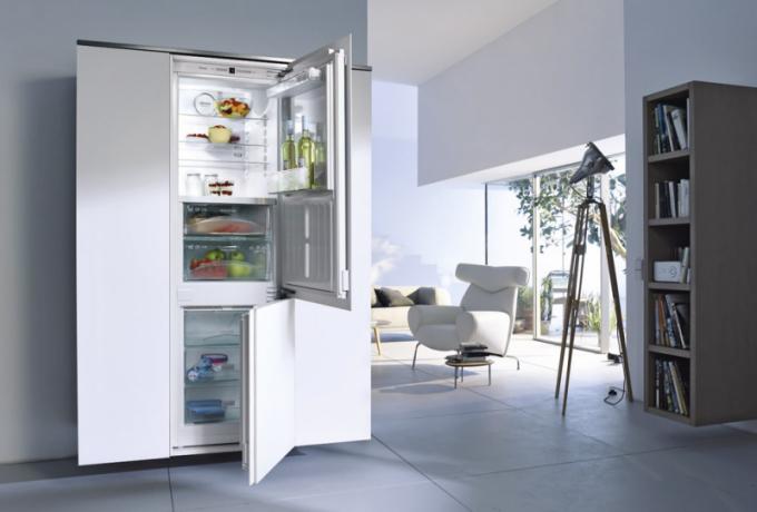 Vestavná chladnička KFN 37282iD (Miele), beznámrazový systém, nulová zóna PerfectFresh, systém dynamického chlazení, cena52 990 Kč, WWW. MIELE. CZ