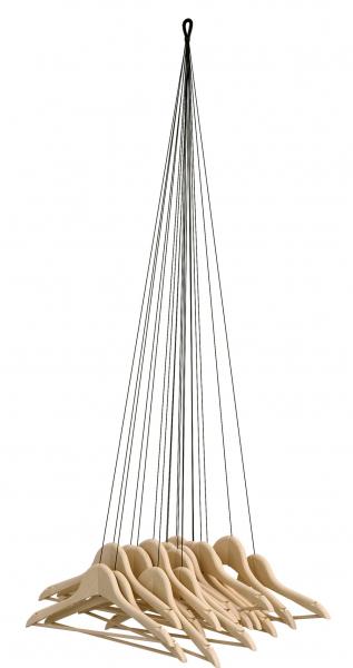 Věšák 20 Hangers (Ligne Roset), design Alice Rosignoli, přírodní buk a textil, 130 × 43 × 20 cm, cena 9 499 Kč, WWW. LIGNE-ROSET. CZ