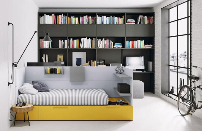 Modulární sestava Infinity 31 (JJP), postel Nest s bočnicemi, na které lze umístit mobilní přihrádky, police, háčky i polstrování, knihovna se zabudovaným psacím stolem, cena 144 570 Kč, WWW. ONESPACE. CZ
