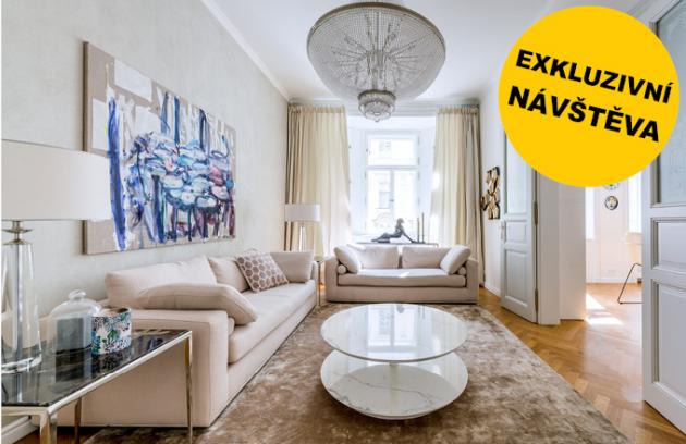 """Propojit moderní akcenty shistorickým duchem kompletně zrekonstruovaného bytu včinžovním domě vsamém centru Prahy bylo pro minimalisticky orientované architekty příjemným experimentem. Výsledkem je skutečně vydařený """"minimal-glamour"""", který každý kosmopolita jistě ocení."""