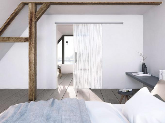 Posuvné dveře po stěně (Dorsis), možnost volby z různých systémů a typů kolejnic s instalací na stěnu, do stropu i k zapuštění do podhledu, cena na dotaz, WWW. DORSIS. CZ