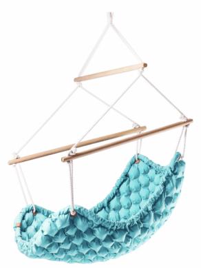 Závěsné houpací křeslo Swingy in (Liv), design Linda Vrňáková, certifikované masážní míčky, polyester, přírodní useň, bukové dřevo, bavlněná lana, vrůzných barvách, 110 × 160cm, cena nadotaz