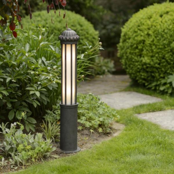 Venkovní svítidla a zahradní doplňky jsou žárově pozinkované a dlouhodobě odolné vůči povětrnostním vlivům.