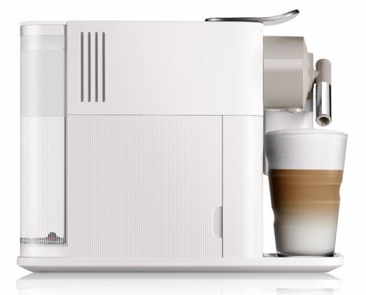 Kávovar Lattissima One (DéLonghi), inovativní systém přípravy mléčné pěny, cena 6490Kč, www.nespresso.com