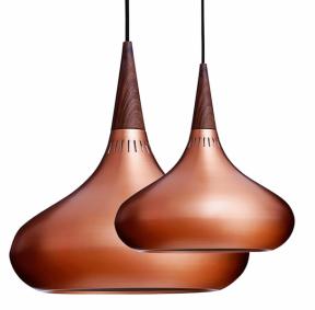 Závěsné svítidlo Orient (Lightyears), design Jo Hammerborg, měď apalisandrové dřevo, cena od11418Kč, www.lightworks.cz
