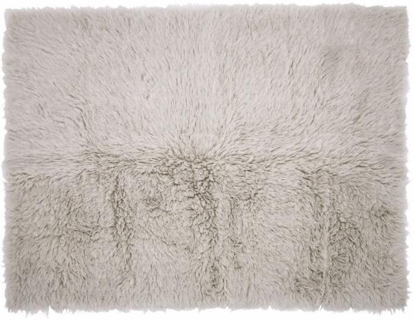 "Dekorativní koberec Chali (Ligne Roset), 100% vlna ""flokati"", 200 × 250cm, cena 10608Kč, WWW.LIGNE-ROSET.CZ"