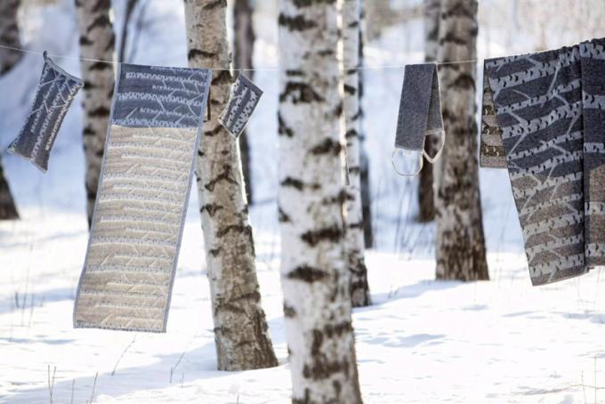 Podložka do sauny Koivu (Lapuan Kankurit), design Marja Rautiainen, 60 % len, 40 % biobavlna, rozměry: d. 60 cm, š. 46 cm, vysoká pevnost a odolnost proti oděru, schopnost sání, na dotyk chladný materiál, cena 380 Kč, www.terve.cz