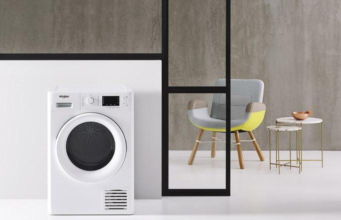 Kondenzační sušička FT D 8X3WSY (Whirlpool), energetická třída A+++, technologie 6. smysl, 8kg prádla, program FreshCare+, cena 15990Kč, www.whirlpool.cz