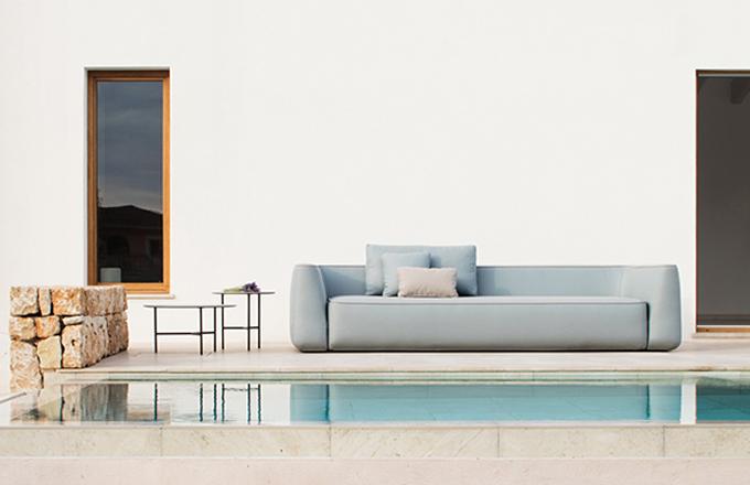 Sofistikovaně jednoduchý nábytek