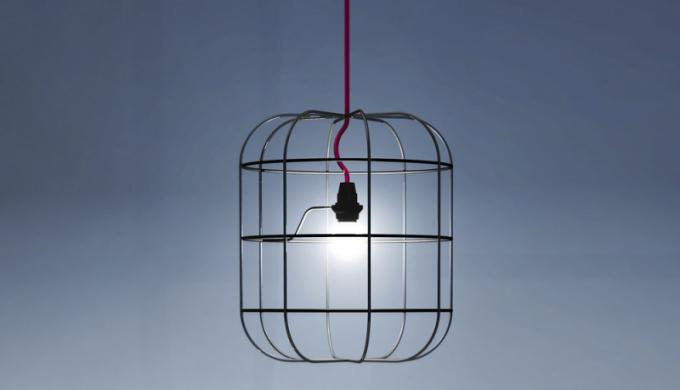La Cage (Dark), design Stefan Schöning, textil akov, 30 × 34,4cm, cena od5554Kč,  www.bulb.cz