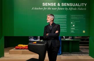 Švýcarský designér Alfredo Häberli představil na LivingKitchen kuchyň budoucnosti