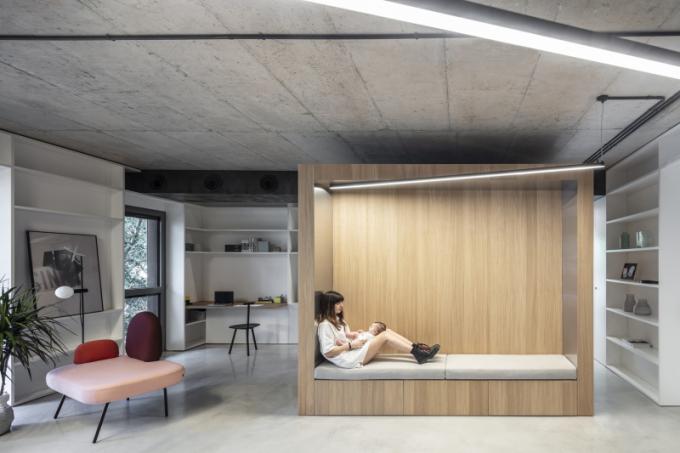 Využití modulových systémů je mezi designéry velice oblíbené. Jasným důkazem je loft Box vizraelském Tel Avivu architektonického studia toledano+architects.