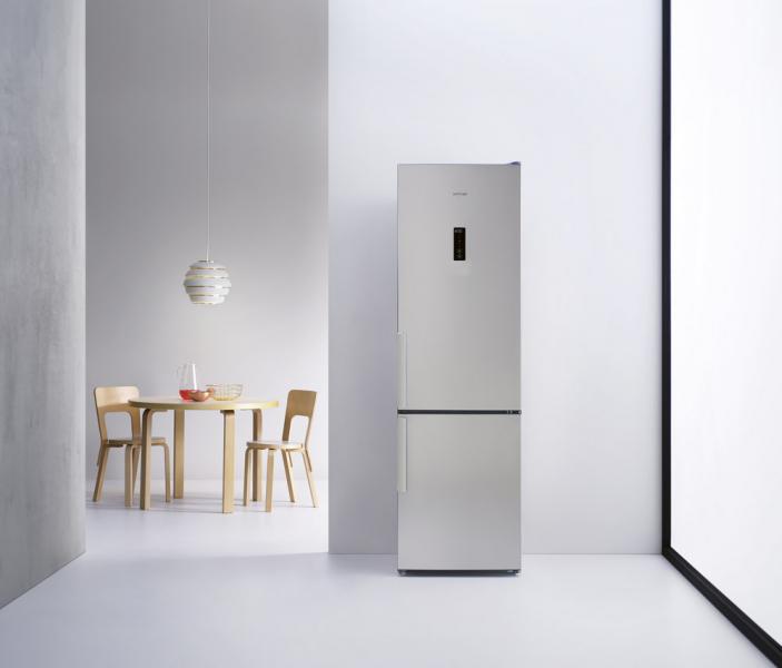 Kombinovaná chladnička WTNF 820 X H (Whirlpool), energetická třída A++, technologie 6. smysl pro déle čerstvé potraviny, beznámrazový systém Total NoFrost vchladničce imrazničce, FreshBox 0 stupňů, cena 13990Kč, www.whirlpool.cz