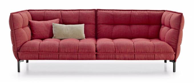 Husk (BB Italia), design Patricia Urquiola, kovová základna, látkové čalounění, cena od191 286 Kč, WWW.KONSEPTI.COM