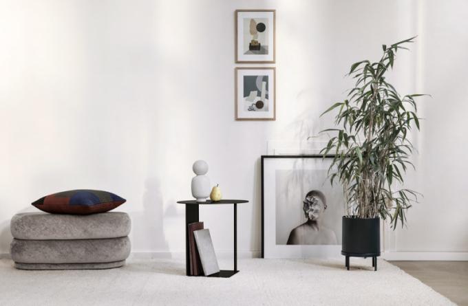 Odkládací stolek Cluster akvětináč Plant Box Round (Ferm Living), lakovaná ocel, cena 4990Kč, WWW.DESIGNVILLE.CZ