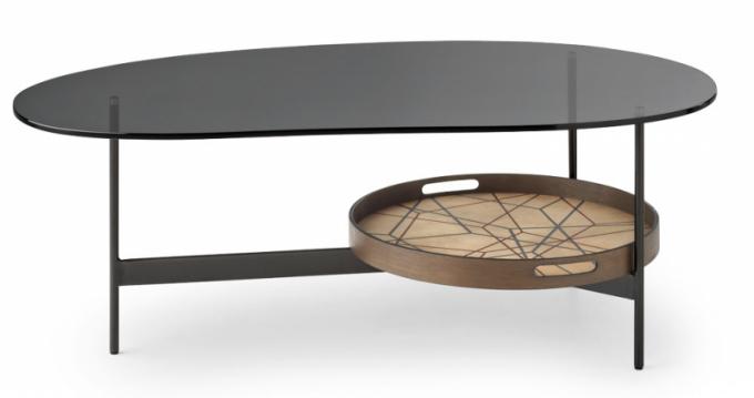 Kávový stolek Troy sodkládací plochou (Leolux), design Beck Design, kovová základna, sklo adřevo, cena na dotaz, WWW.POGGENPOHL.CZ, WWW.SEDLAKINTERIER.CZ