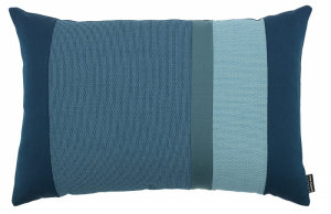 Polštář Line (Normann Copenhagen), design Britt Bonnesen, materiál novozélandská vlna, vlna, polyester apolyamid, rozměr 60 × 40cm, cena 2025Kč, www.designville.cz