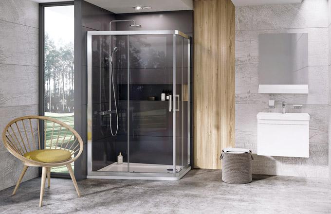 Sprchový kout ze série 10° (Ravak), asymetrický půdorys umožňuje praktičtější využití prostoru, cena 20990Kč, www.ravak.cz