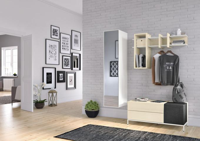 Sestava nábytku now!spin (Hülsta), dubová dýha , bílý lak, 150 × 45 × 178cm, cena 47236Kč, www.homestyle.cz