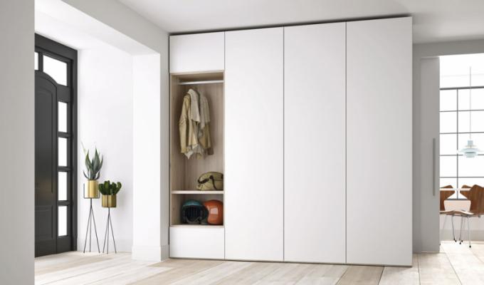 Šatní skříň No Limits + (JJP), lamino, 200 × 60 × 239cm, cena 48580Kč, www.onespace.cz