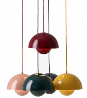 Závěsná svítidla FlowerPot (Tradition), design Verner Panton, lakovaný hliník, více barevných provedení, délka 50cm, ø 23cm, cena 7890Kč, WWW.DESIGNVILE.CZ