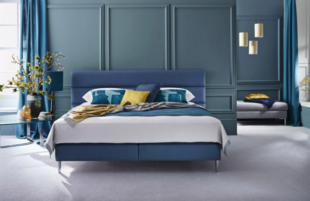 Luxusní dvoulůžková postel Elizabeth z limitované edice (Vispring), zpracování přírodními materiály, 70/220 × 200 cm, novinka v prodeji od dubna 2019