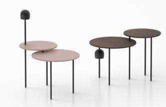Modulární série Haeru (Flos) zahrnuje tři rozměry stolní desky ze dřeva, dva typy LED osvětlení akovové nožky vetřech výškách, které lze vzájemně libovolně kombinovat.