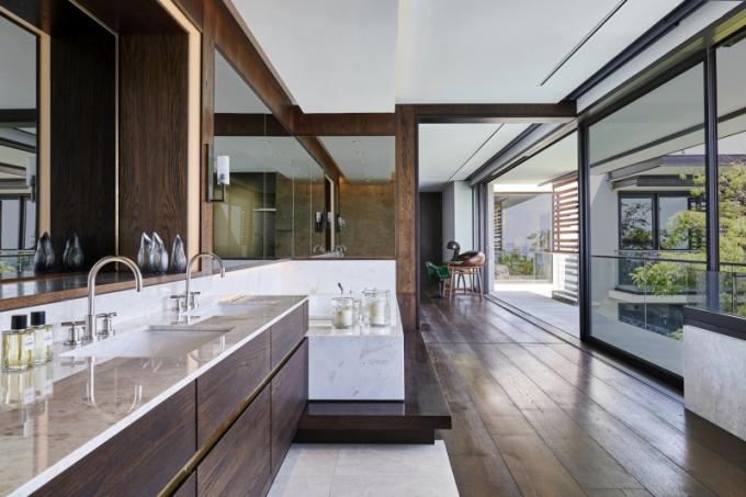 Barva je ústředním motivem interiéru.