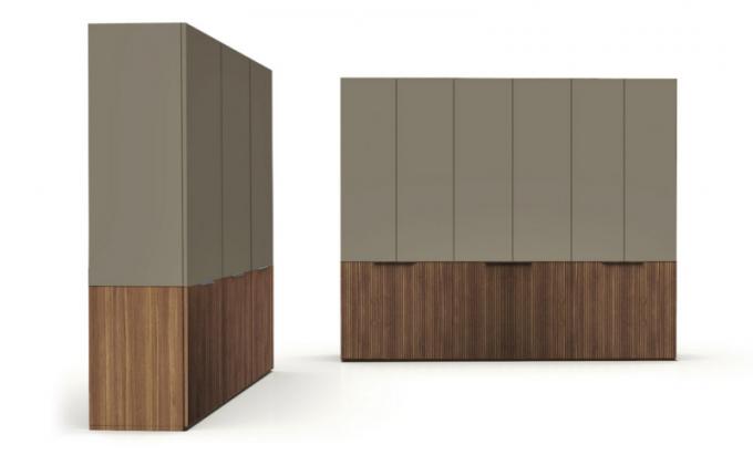 Volně stojící skříň Kóná (Alf Dafre), design Gordon Guillaumier, dřevo alakovaná MDF, šířka jednoho dílu 46,3 až 54cm, výška 226,3 až 290,3cm, cena nadotaz, www.alfdafre.it