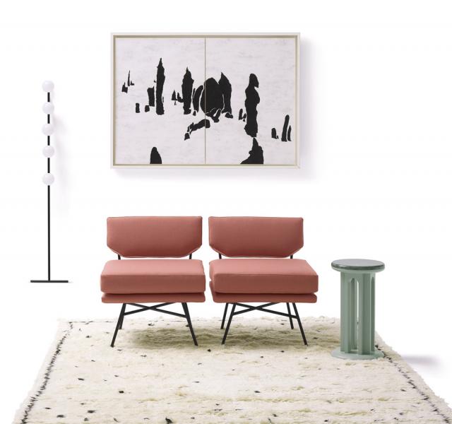 Křeslo Elettra (Arflex), design B.B.P.R. 1954, černě lakovaný kov, polyuretanová pěna, polyester, textilie ikůže, orientační cena 79178Kč, www.stockist.cz