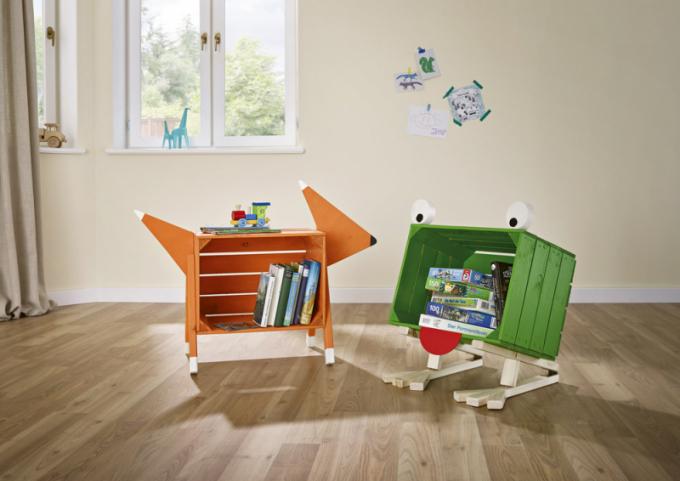 Nábytek vyrobený z materiálu Buildify (Hornbach) lze různě kombinovat a lakovat mnoha barvami, 60 × 30 × 39cm, cena 429 Kč/1ks ovocné bedýnky, www.hornbach.cz