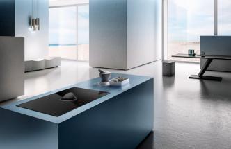 Model Nikolatesla Switch včerné barvě doplnil letos výrobce onový model vmódním bílém provedení