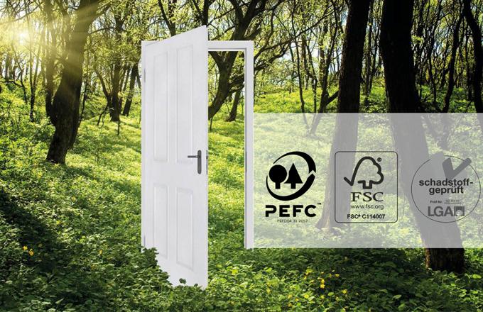 Všechny jejich dveře jsou certifikované apřispívají tak kzodpovědnému lesnímu hospodářství. Tím, že používají vysoce kvalitní akrylátové laky šetrné k životnímu prostředí, zabezpečujítak minimální dopad na něj
