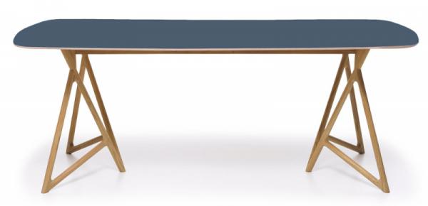 Stůl Koza Lino (Gazzda), design Salih Teskeredzic, dubový masiv, cena 25100Kč, www.lino.cz