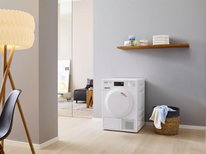 Sušička TDB 220 WP (Miele), tepelné čerpadlo T1 Classic, A++, 1–7 kg prádla, při zakoupení v setu s pračkou WDB 020 WCS jen za 39 980 Kč, samostatně cena 22 990 Kč, WWW.MIELE.CZ
