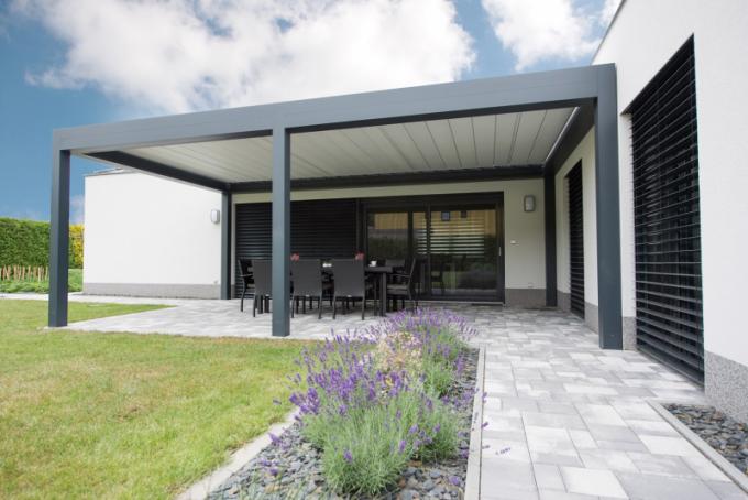 Rodině s konceptem zahrady pomáhala jejich známá, která se specializuje na zahradní architekturu.