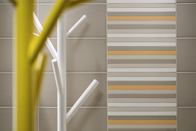 Obkládačka ze série Easy (Rako), 20 × 40cm, vnabídce několik barevných kombinací ajednobarevných dlaždic, cena 323 Kč/m2, www.rako.cz