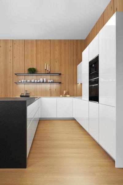 Popisek: Luxusní kuchyně ELITE (Foto: HANÁK NÁBYTEK)
