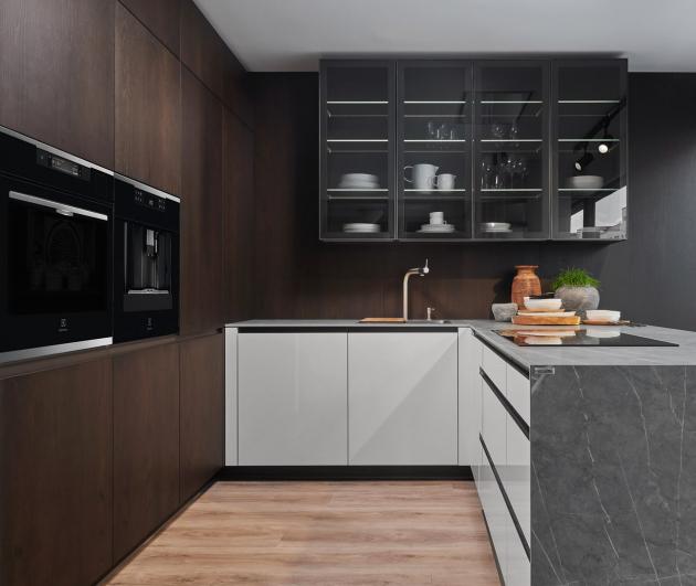 Krásná kuchyně SIMPLE se spotřebiči Electrolux (Foto: HANÁK NÁBYTEK)