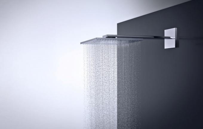 Horní sprcha AXOR 3002 jet (AXOR) sramenem, proud PowderRain, chrom, délka ramene 45cm, sprcha 30 × 30cm, cena 63041Kč, www.marokarlin.cz
