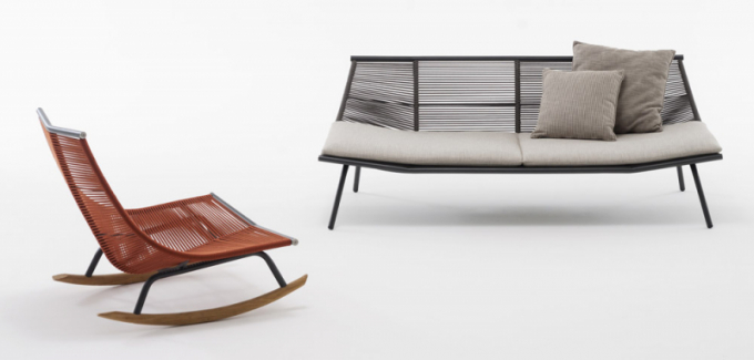 Velkoryse koncipovaný venkovní sedací nábytek Laze (Roda), připomínající tvarosloví dopisní obálky, doslova láká k lenošení. Je vyroben z nerezové oceli a polyesteru a je v nabídce nejen v několika koncepcích počínaje houpacím křeslem a konče dekorativními podnožkami, ale také ve variantách s polštáři či bez, v oranžovém či zeleném provedení. Autorem novinky je Gordon Guillaumier. Houpací křeslo bez polštářů dostupné za 72 150 Kč, pohovka dostupná až v roce 2020 za cenu cca 170 000 Kč, WWW.PUNTODESIGN.CZ